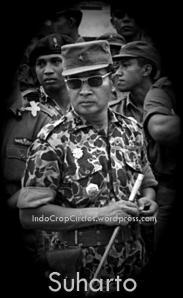 suharto-seragam-militer-01